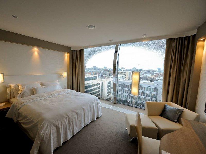 Elbphilharmonie - Westin Hotel // © Berthold Fabricius